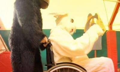 Teaser Pistorius di Gemitaiz e MadMan, Perchè si vestono tutti da Conigli?